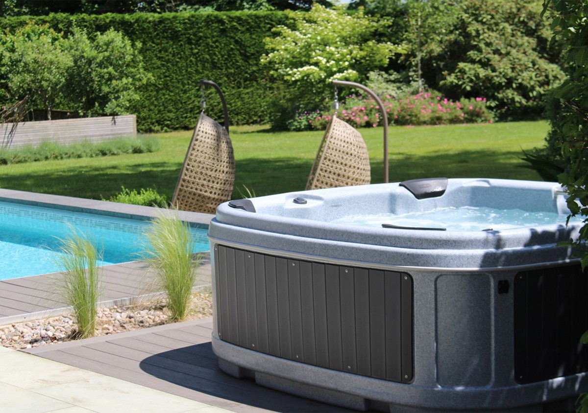 tips to enjoy your hot tub this summer
